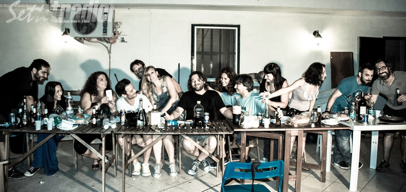 fotografia, con amici come questi, deg, sara, massi, daitom, fiore, eleonora, duca, mayla, strega, juan, toniomaps, birra, vino, serate tra amici, immagini divertenti