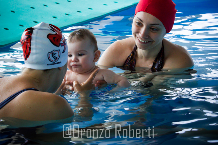 piscina, onde, blu, madre, figlio, maestra, fotografia, ritratto, lightroom